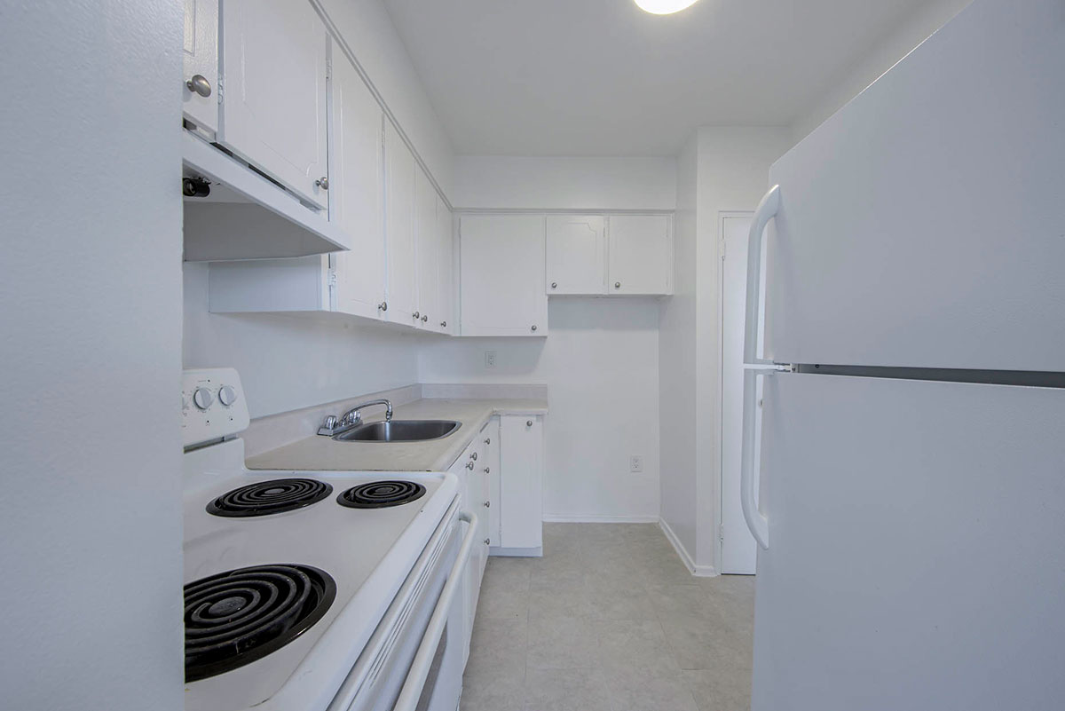 Kitchen in 2 bedroom apartment - Humber River Apartments near Keele & Wilson