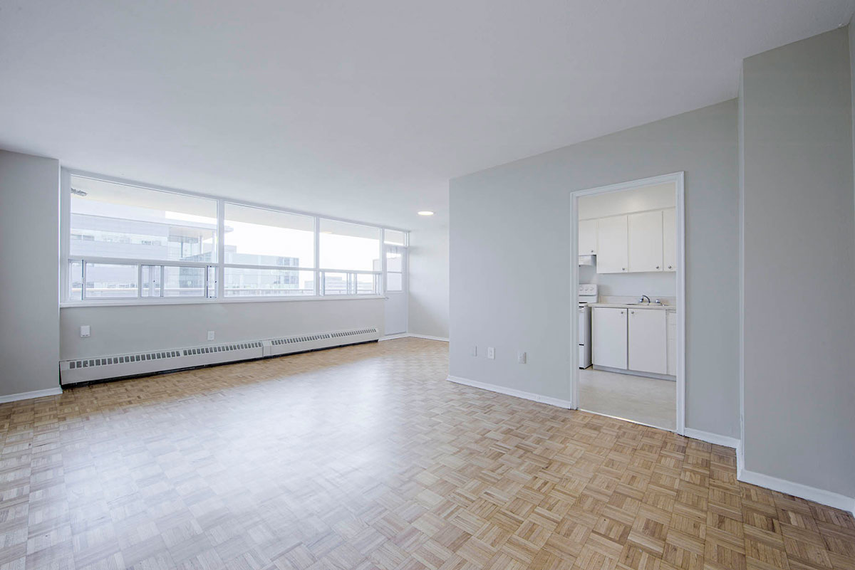 2 bedroom apartment near Keele & Wilson - Humber River Apartments