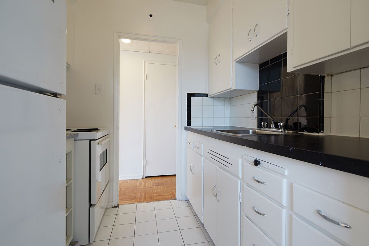 Galley kitchen in one bedroom apartment - Cottingham Manor near Avenue Road & Dupont