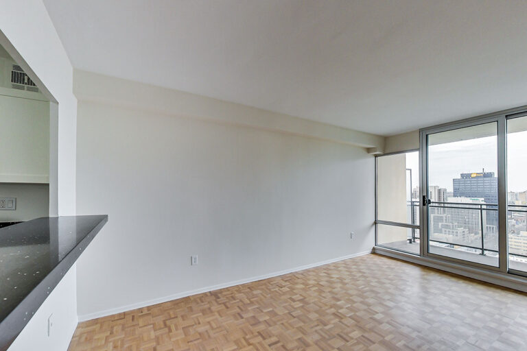 Dining space in jr. one bedroom apartment - The Summerhill at Yonge & St. Clair