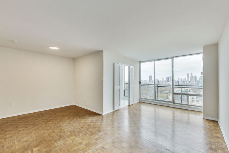 Bright & spacious one bedroom apartment - The Summerhill at Yonge & St. Clair