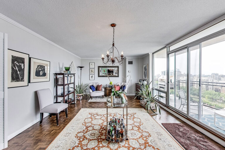 Family area in luxury penthouse apartment - The Summerhill at Yonge & St. Clair