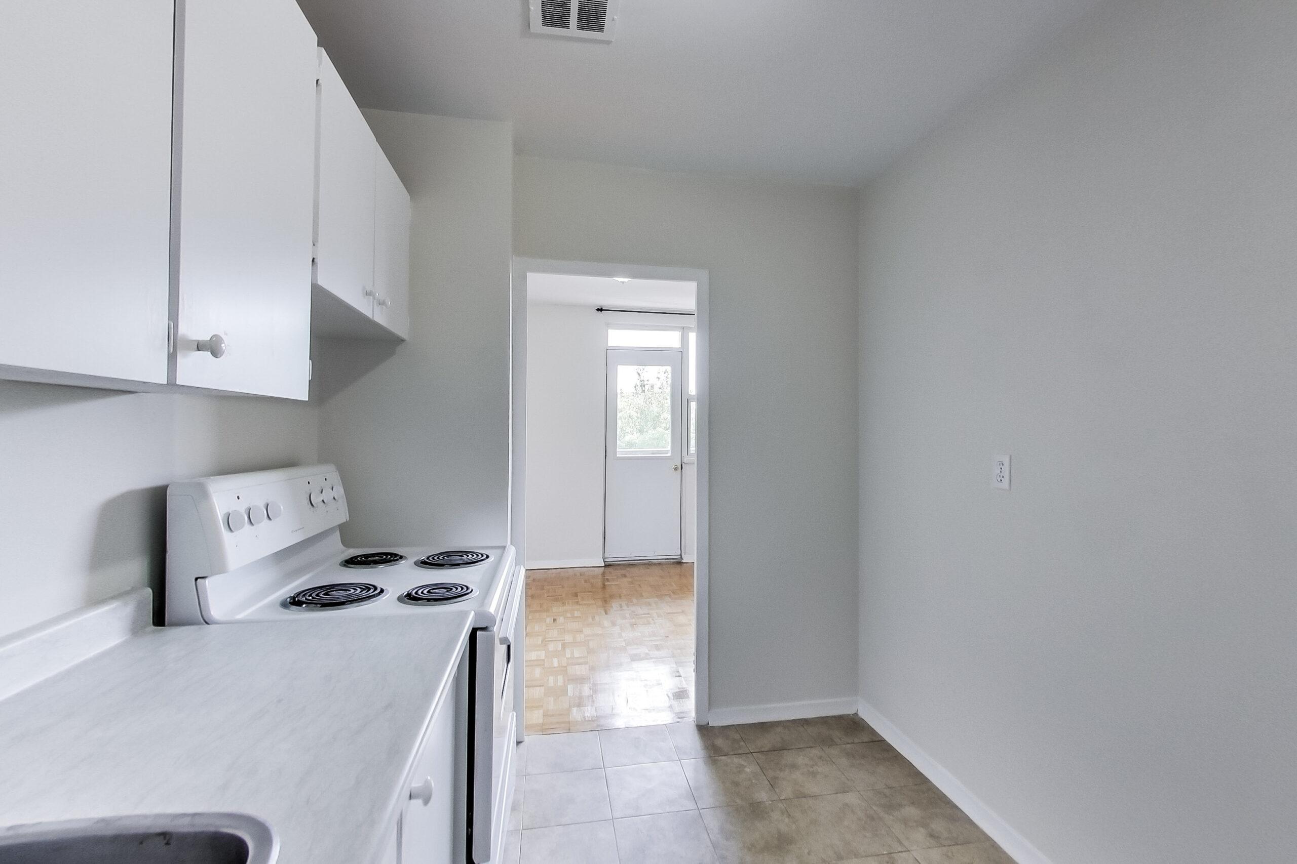 1 bedroom kitchen