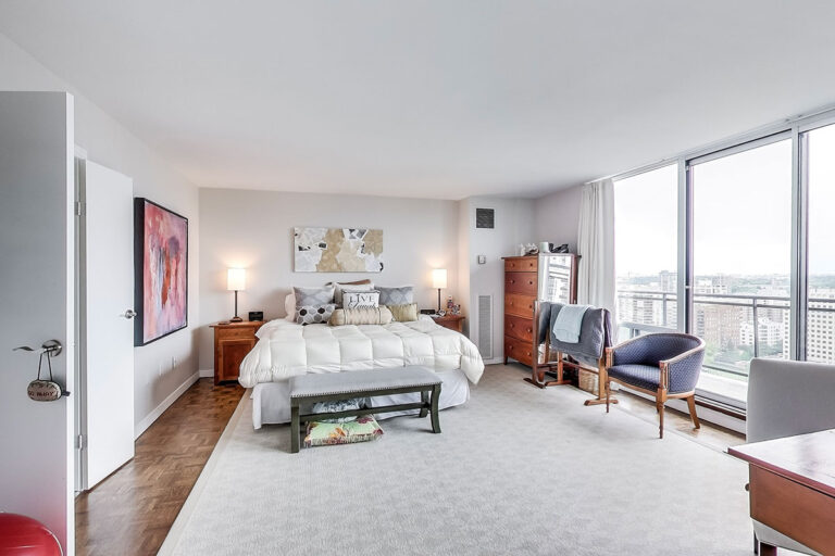 Bedroom in luxury penthouse apartment - The Summerhill at Yonge & St. Clair