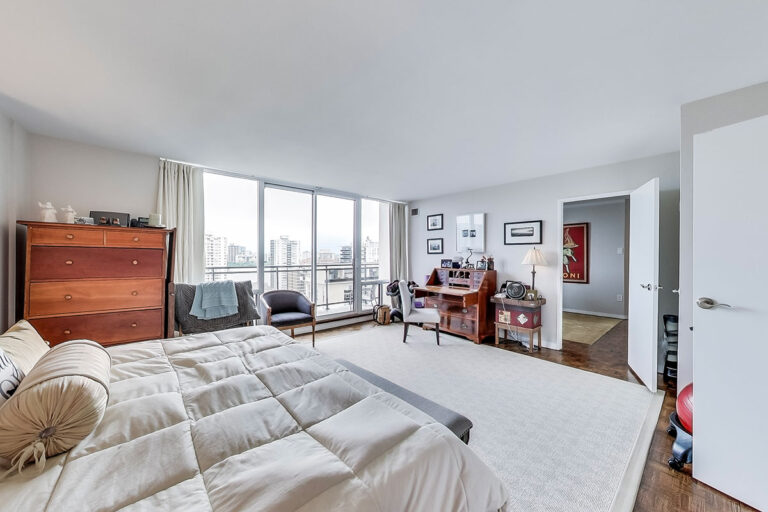 Master bedroom in luxury penthouse apartment - The Summerhill at Yonge & St. Clair